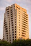 Coucher du soleil le Dakota du Nord Bismarck de construction capital de fin de l'après-midi photographie stock