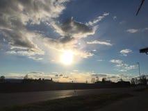 Coucher du soleil le long de la route Image libre de droits