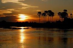 Coucher du soleil le Zambèze Images stock