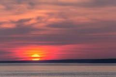 Coucher du soleil lumineux Photographie stock libre de droits