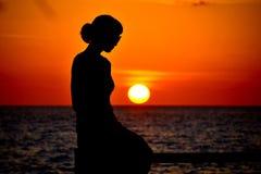 Coucher du soleil Maldives d'objets exotiques de taj des Maldives de pavillon de mariage Photo stock