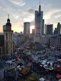 Coucher du soleil du marché de Noël photographie stock libre de droits