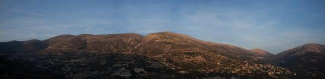 Coucher du soleil montagneux Panorama3 de la Grèce-Kefalonia image libre de droits