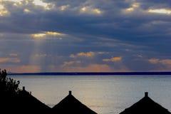 Coucher du soleil mozambicain image stock