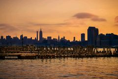 Coucher du soleil New York Images stock