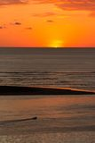 Coucher du soleil orange image stock