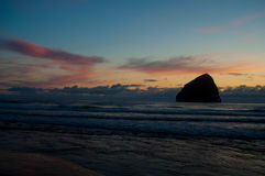 Coucher du soleil Pacifique de ville Photo stock