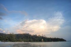 Coucher du soleil, Pantai Kok, Langkawi, Malaisie Image stock