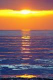 Coucher du soleil par la mer Méditerranée Images libres de droits