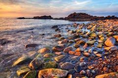 Coucher du soleil pierreux Photographie stock libre de droits