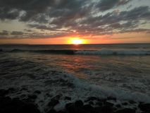Coucher du soleil Playa Rompeolas Aquadillia Porto Rico Photographie stock libre de droits