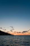 Coucher du soleil près d'île de Panarea Photos stock