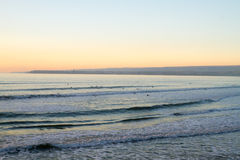Coucher du soleil près des falaises de Moher Images stock