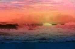 Coucher du soleil rose en mer Images libres de droits