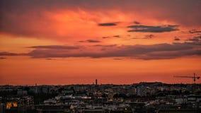 Coucher du soleil rouge à Rome photo stock