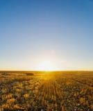 Coucher du soleil rural Images stock