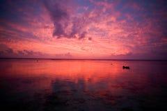 Coucher du soleil rêveur tropical de plage Photos libres de droits