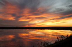 Coucher du soleil Saskatchewan rurale Images stock