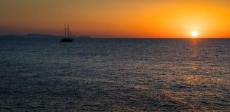 Coucher du soleil scénique dans le ¹ de CefalÃ, Sicile, Italie du sud photo stock