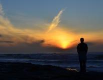 Coucher du soleil solitaire Photo stock