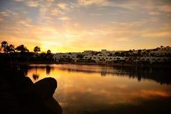 Coucher du soleil sous l'hôtel Photos libres de droits
