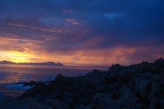 Coucher du soleil sud-africain au-dessus de la mer Images libres de droits