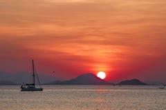 Coucher du soleil sur Flores photographie stock