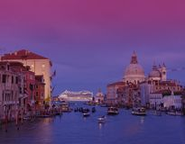 Coucher du soleil sur Grand Canal, Venise Photo stock