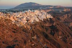 Coucher du soleil sur l'île Santorini Photo libre de droits