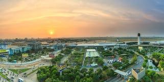 Coucher du soleil sur l'aéroport de Tan Son Nhat Photos libres de droits
