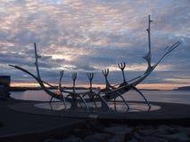 Coucher du soleil sur l'océan photo libre de droits