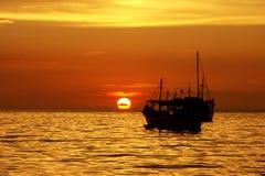 Coucher du soleil sur la baie de Juan Griego, île de margarita image libre de droits