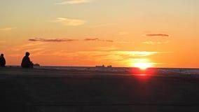 Coucher du soleil sur la côte de mer baltique Photos libres de droits