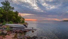 Coucher du soleil sur la mer baltique Image libre de droits