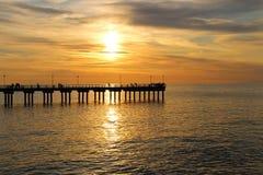 Coucher du soleil sur la mer baltique photos stock