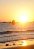 Coucher du soleil sur la plage au Vietnam Photographie stock