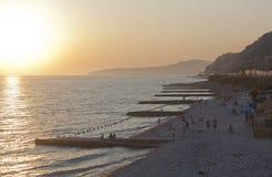 Coucher du soleil sur la plage dans Dederkoy Photos stock