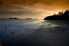 Coucher du soleil sur la plage de Chesterman Image libre de droits