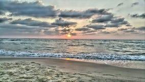 Coucher du soleil sur la plage Hdr Photo libre de droits
