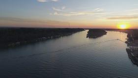 Coucher du soleil sur la rivière 3 photographie stock