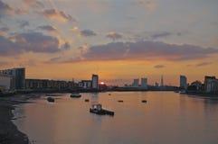 Coucher du soleil sur la Tamise de Greenwich Photographie stock libre de droits