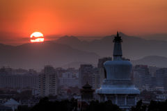 Coucher du soleil sur la tour Images libres de droits