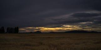 Coucher du soleil sur la vallée de Skagit Images stock