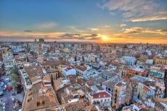 Coucher du soleil sur le centre historique de Valence, Espagne Photos stock