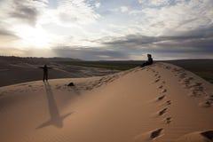 Coucher du soleil sur le désert de Gobi Images stock