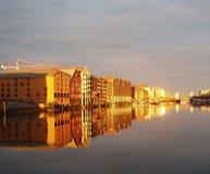 Coucher du soleil sur le fleuve Photos stock