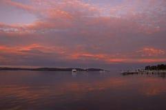 Coucher du soleil sur le macquarie de lac Photographie stock