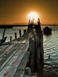 Coucher du soleil sur le pilier photographie stock