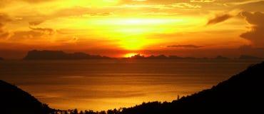 Coucher du soleil sur le samui de KOH Image stock