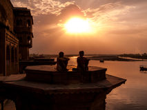 Coucher du soleil sur le Yamuna Photos libres de droits
